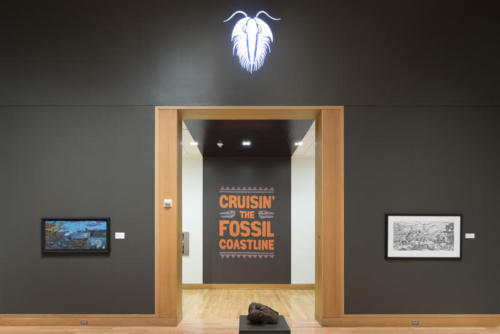 Trilobite gobo light with Troll originals